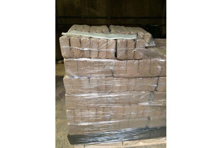 ruf-wood-sawdust-briquettes-sale-price-parduoda-medzio-pjuvenu-briketai-kaina-2