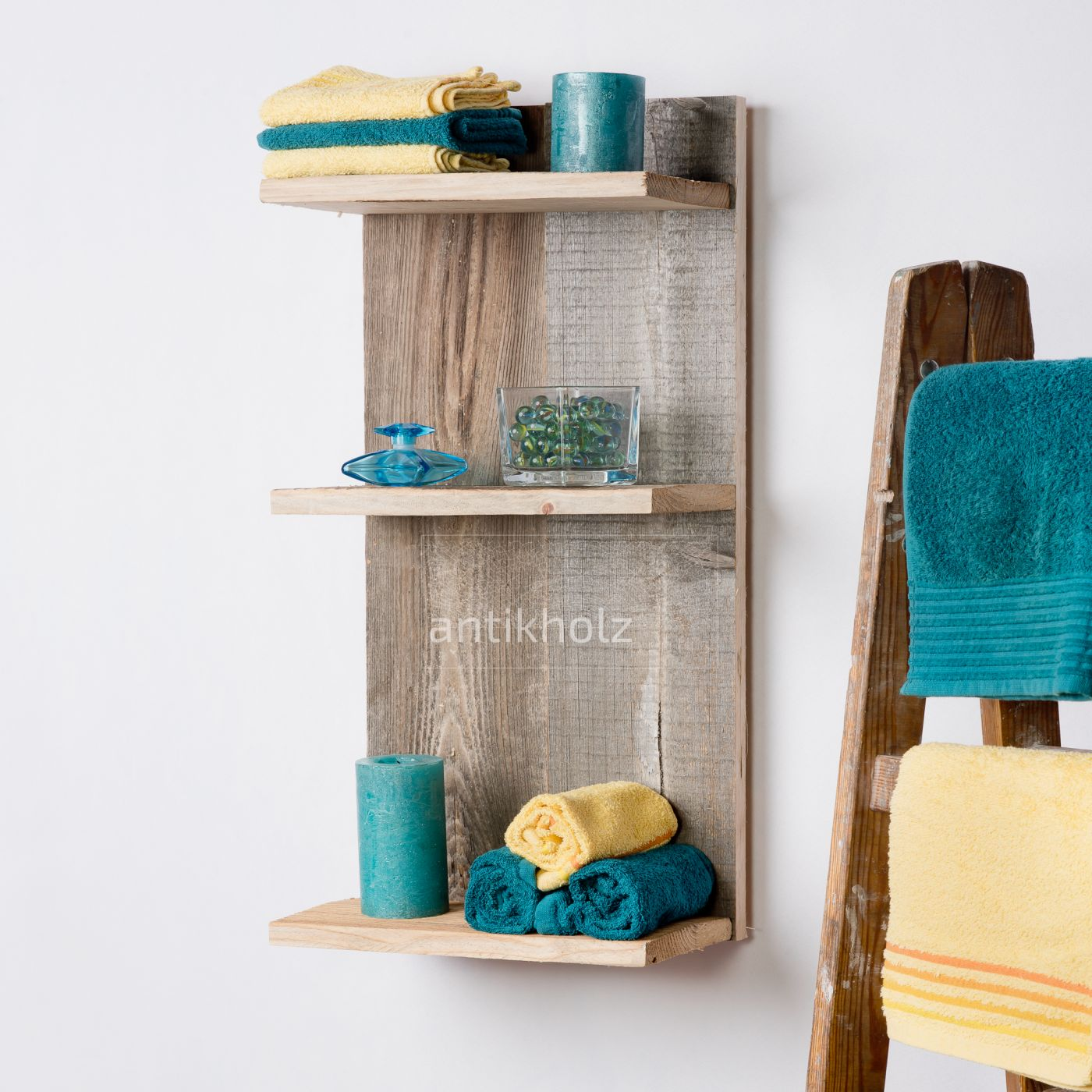 Stare deski półka drewno inspiracje wnętrz dekoracje